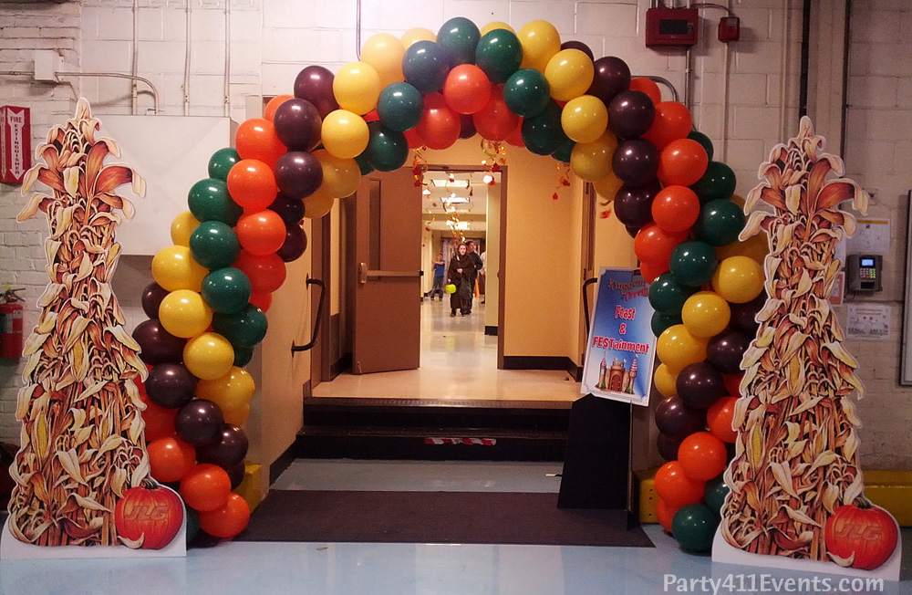 JLG Party Balloon Arch